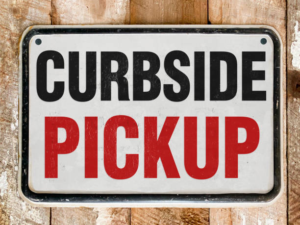 sign that says curbside pick up